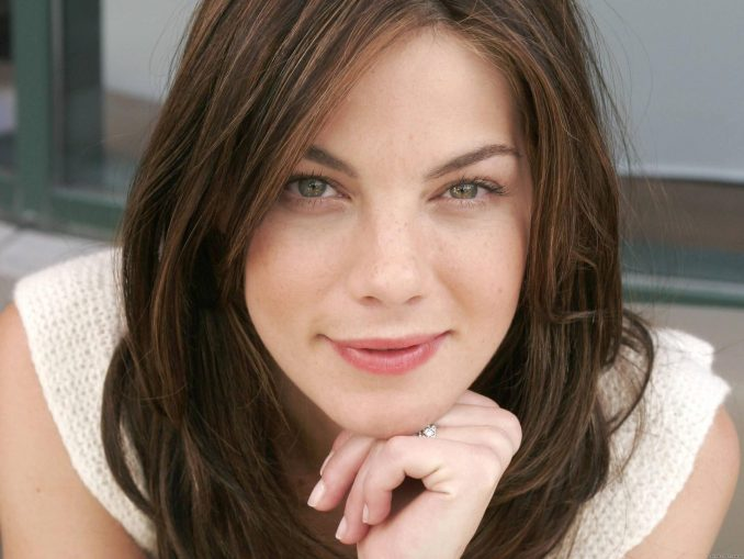 Michelle Monaghan joins the The Best of Me cast!